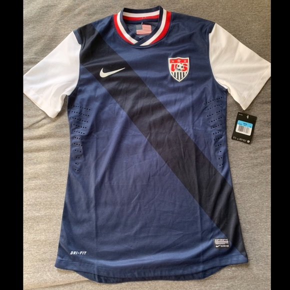 f422d99dc18 US soccer team Nike jersey